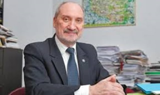 Antoni Macierewicz of the Law and Justice Party delivered an important speech on peace and security in Central Europe at an American university.